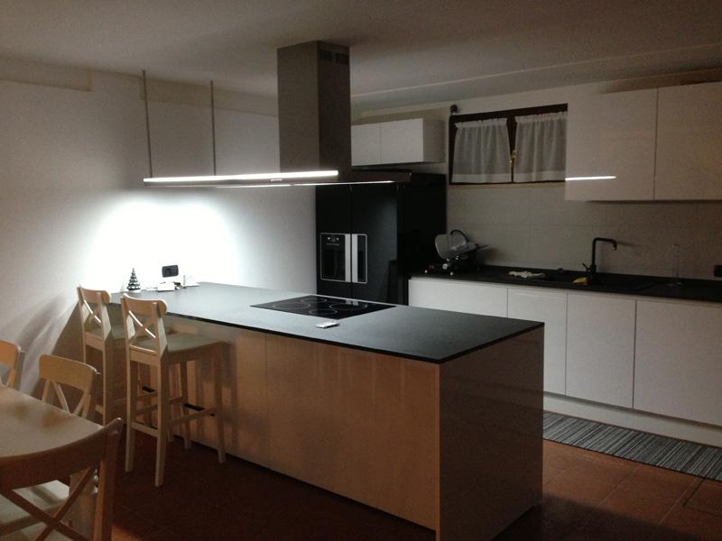 Arredamento cucina 2 edil arredo milano for Milano arredamento